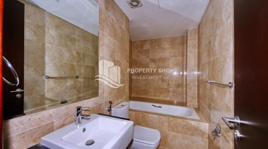Bathroom-Spacious 1BR Apt in Marina Square with Stunning Views!