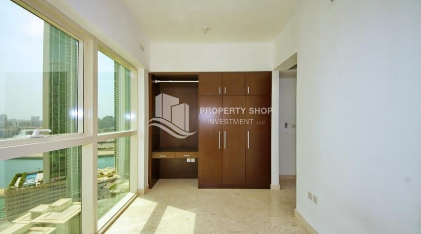 Built in Wardrobe-Spacious 1BR Apt in Marina Square with Stunning Views!