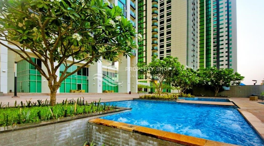 Facilities-Spacious 1BR Apt in Marina Square with Stunning Views!
