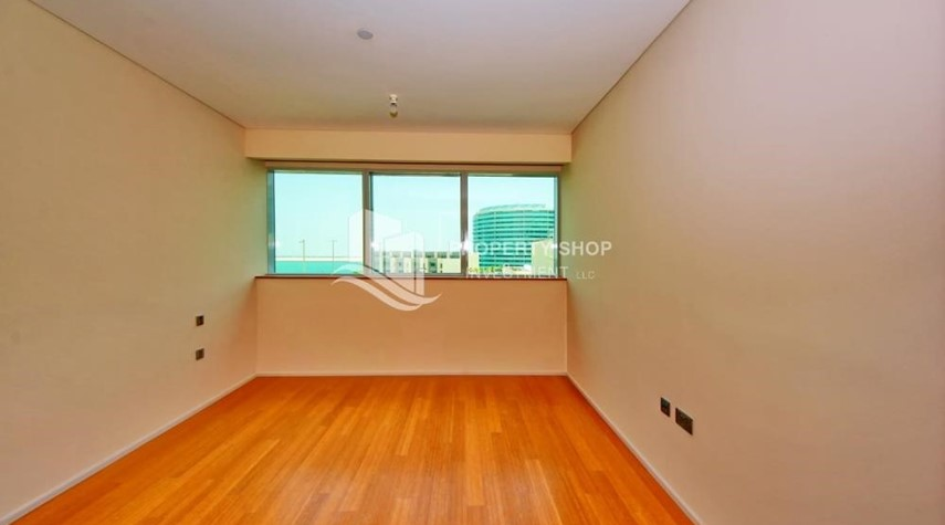 Bedroom-2% Rent Free + 1 Month Rent Free / Sea view 4BR+M Apt.