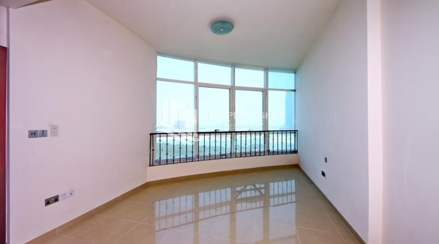 Bedroom-Mid Floor Unit with Sea View + Parking.