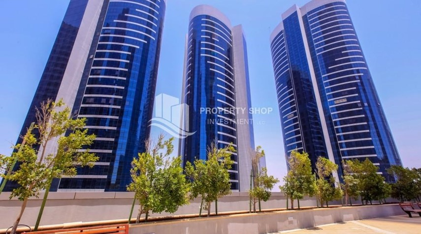 Property-Mid Floor Unit with Sea View + Parking.