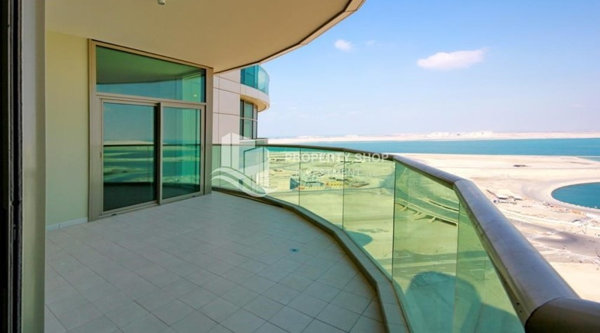 Balcony-Large Apt on high floor with full facilities.