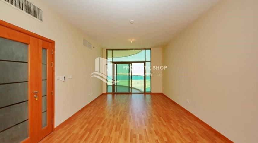 Living Room-Large Apt on high floor with full facilities.