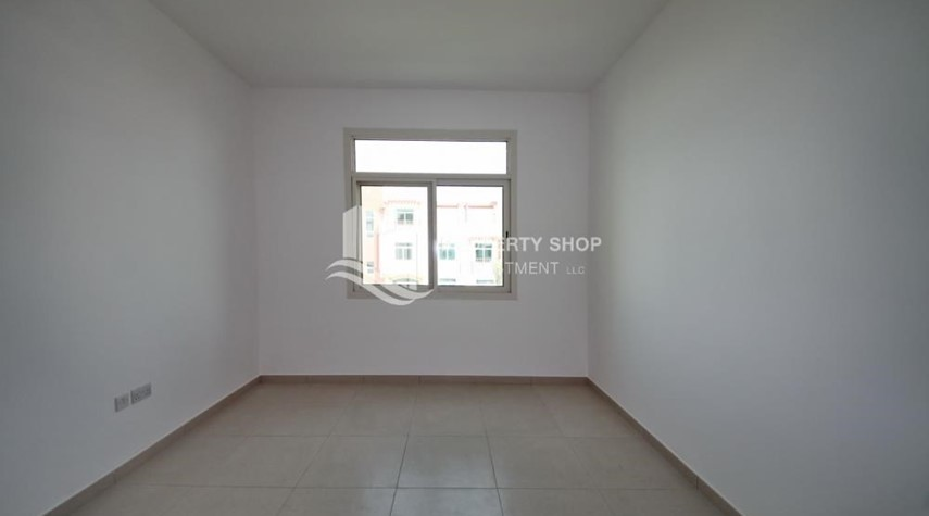 Bedroom-Spacious Terrace Apt with walk in closet.