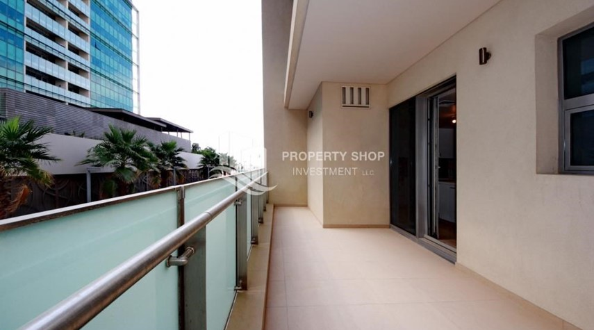Balcony-4bd townhouse front row with waterfront for sale in Al muneera