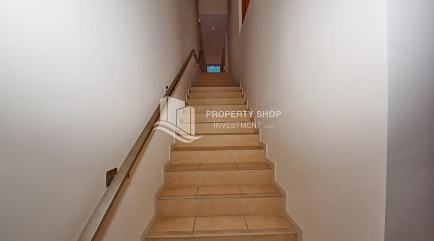 Stairs-4bd townhouse front row with waterfront for sale in Al muneera