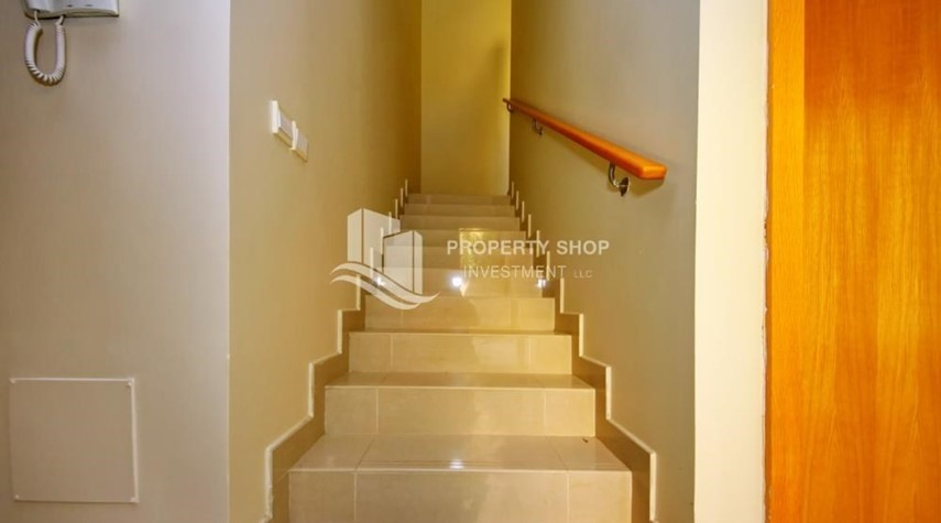 Stairs-Single Row Elegant 4BR Townhouse - A.