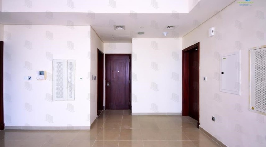Foyer-1BR apartment high floor  with sea view for sale in ALREEM ISLAND!!!