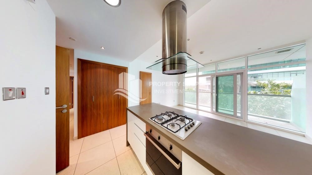 Kitchen-2 Bedroom Apartment in For RENT!