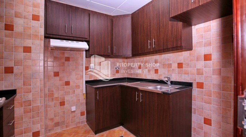 Kitchen-Spacious 2BR Apt with High Investment Returns.
