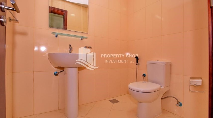 Powder-Spacious 2BR Apt with High Investment Returns.