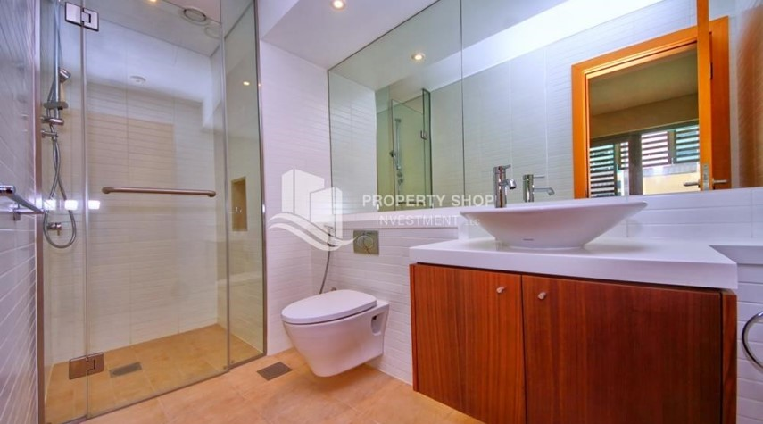 Bathroom-A Prestigious 4BR Townhouse plus 2% Rent Free + 1 Month Rent Free in Al raha Beach!