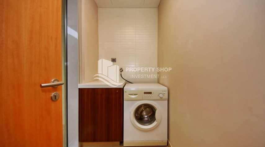 Laundry Room-A Prestigious 4BR Townhouse plus 2% Rent Free + 1 Month Rent Free in Al raha Beach!