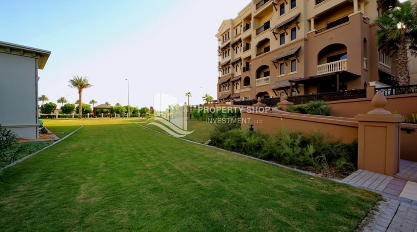 Community-Well Maintained 1BR Apt in Saadiyat Beach Residences Available for rent!