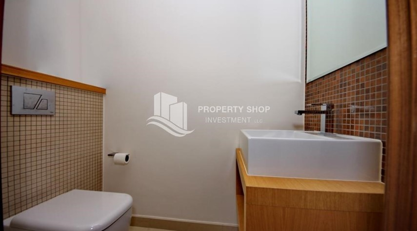Powder- 2 bedrooms with an  amazing view  in al bandar for sale