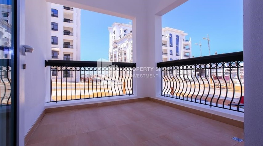 Balcony-3 bedroom apartment for sale in Ansam.