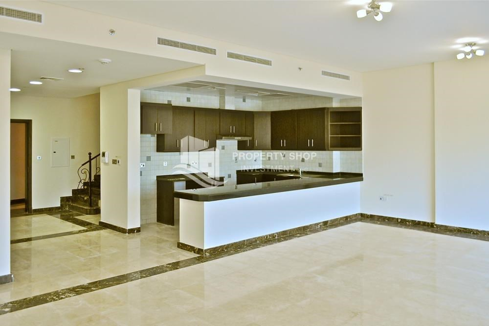 2 bedroom townhouse for rent in hydra avenue towers al for 2 kitchen house for rent