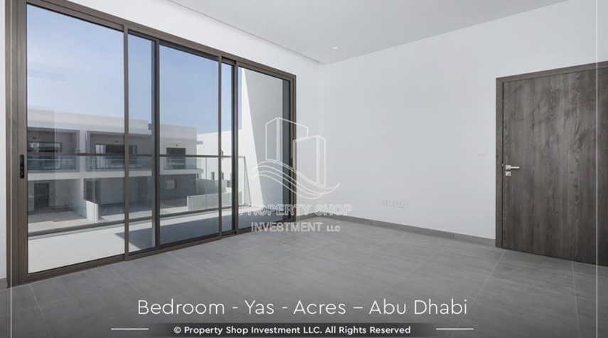 Bedroom-Live next to world attraction! Duplex townhouse with spacious family room