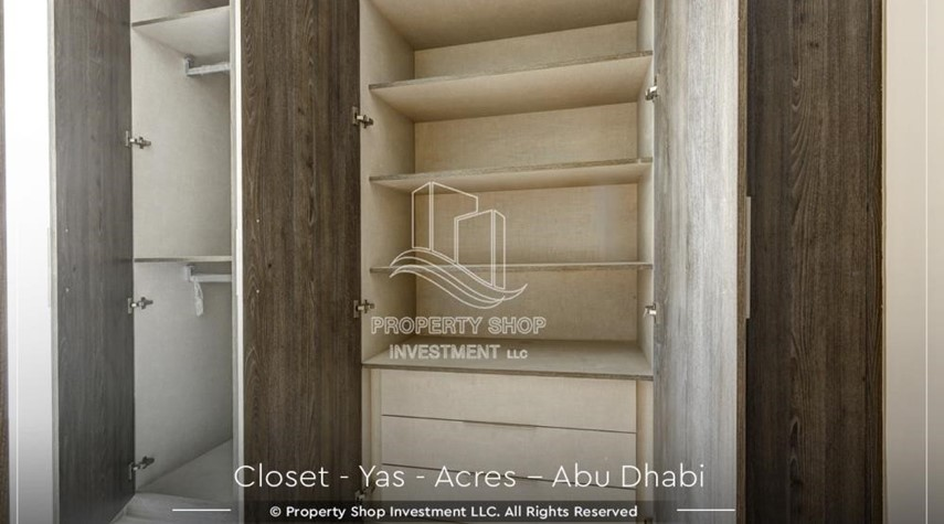 WalkIn Closet-Live next to world attraction! Duplex townhouse with spacious family room