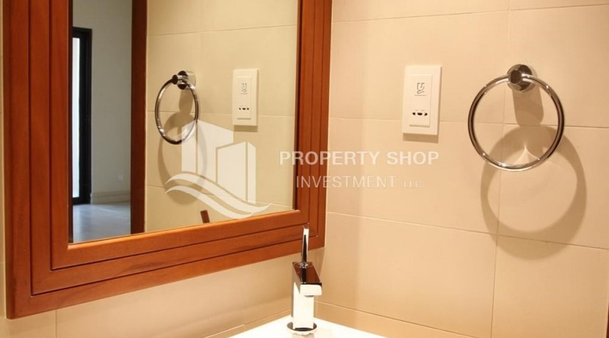 Bathroom-1 Bedroom Apartment in Amazing and beautiful Saadiyat Beach Apartments FOR RENT!