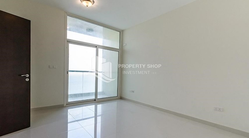 Bedroom-Brand New Huge Apt with full facilities