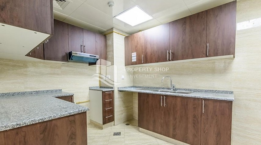 Kitchen-Brand New Huge Apt with full facilities