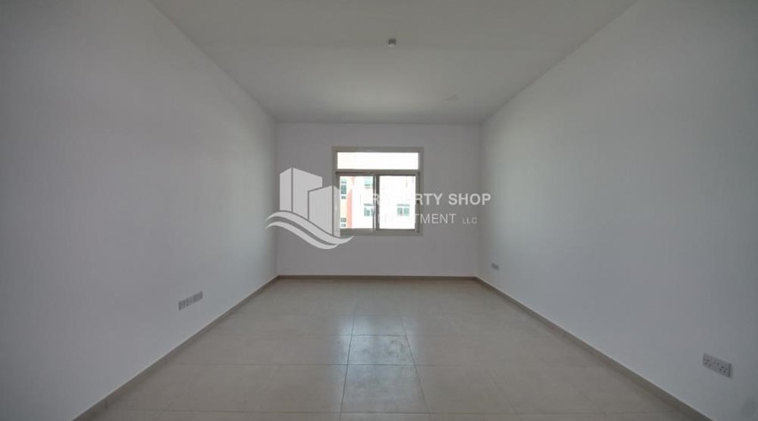 Living Room-Terraced apartment with full facilities.