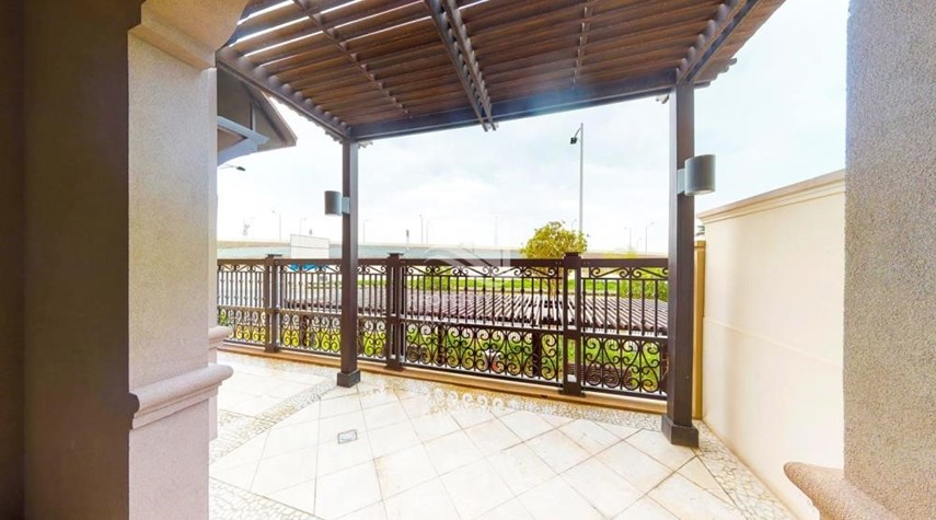 Balcony-Dazzling 2Br High Floor-Premium Finishes.