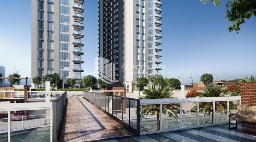Community-3BR+M Apt in a brand new tower in Reem Island.