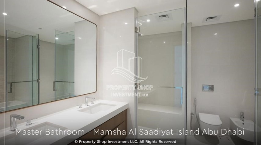 Bathroom-Ready 2bedroom Apt+ maid room with community view.