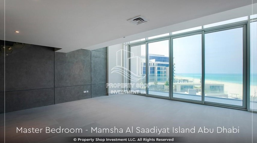 Bedroom-1br loft in a beach front community. book now!