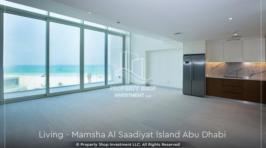 Living Room-1br loft in a beach front community. book now!