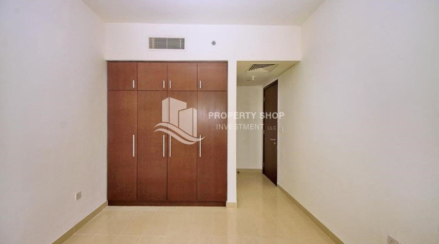 Built in Wardrobe-High floor 2BR Apt with sea view.