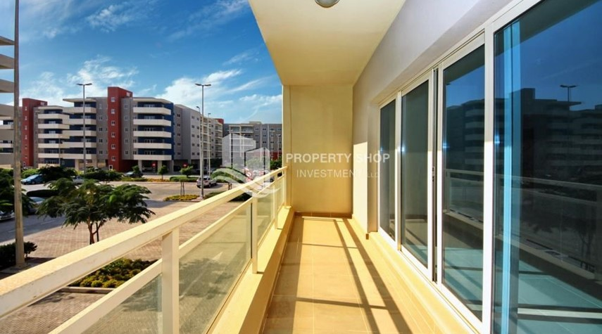 Balcony-2BR in Alreef Downtown available for sale!!