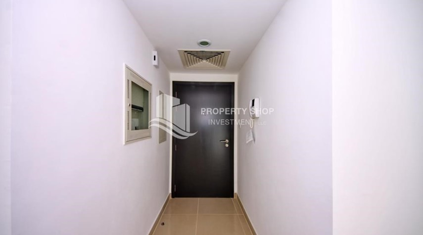 Foyer-2BR in Alreef Downtown available for sale!!