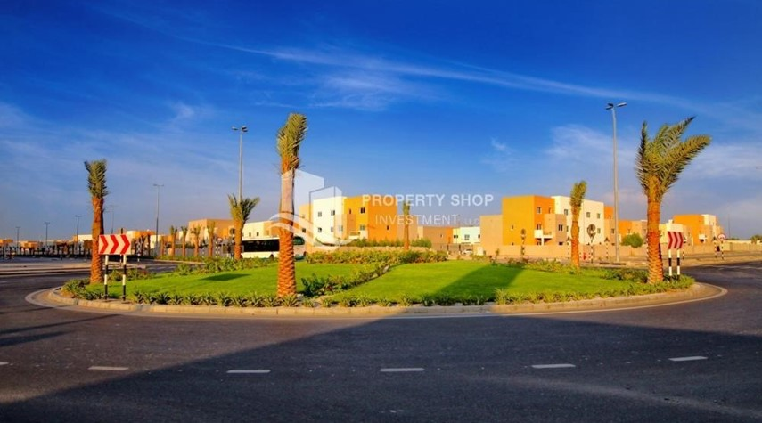 Community-Ideal 1 Bedroom apartment in Al Reef DownTown