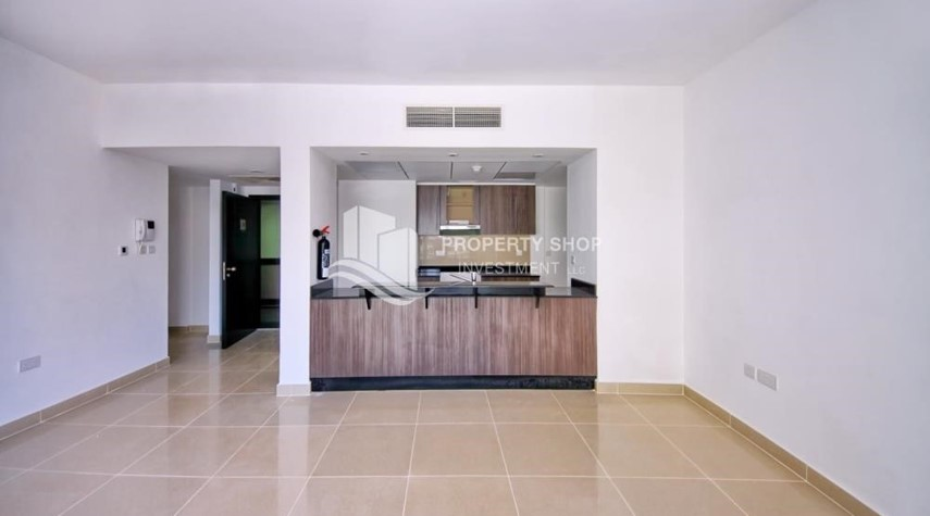 Hall-Ideal 1 Bedroom apartment in Al Reef DownTown