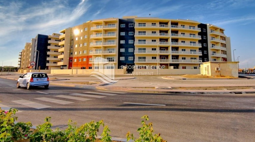 Property-Ideal 1 Bedroom apartment in Al Reef DownTown